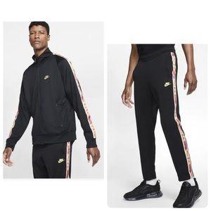 Nike tribute distortion set large